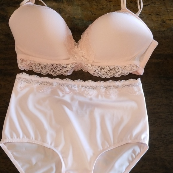 Maidenform Bras And Panties Images